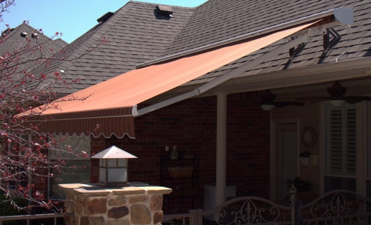 Your Roof Mounted Awning Will Need To Be Motorized And You Also Want Consider Using An Hood Or Perhaps A Cette Style Protect